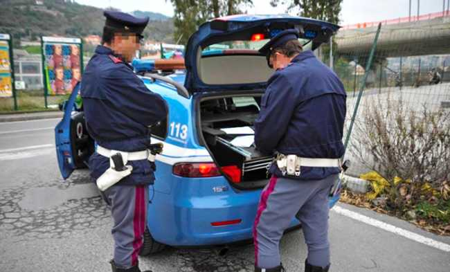 polizia multa documenti controllo